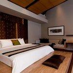 Premiere Villa-Bedroom