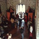 Ésta es una de las salas del Castillo. En ella están representados personajes de la época...