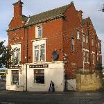 The William IV Hotel. (Harras Bank side)