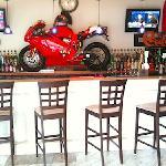 The Bar at Mama Nina's Pizzeria