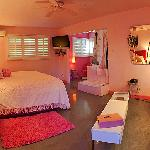 Marilyn's Pretty in Pink Room