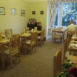 The Lantana's cheerful breakfast room.