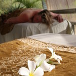 OUTSIDE OCEANVIEW MASSAGE feel the warm breezes enjoy the chirping birds