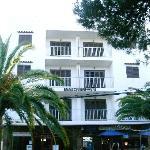 Fachada principal Apartamentos SOFIA I