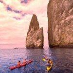 Kayaking out to Leon Dormido (Kicker Rock)