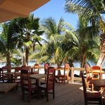 Caliente - Beachfront Deck