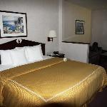 Das King Bed