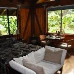 Photo de Volcano Village Lodge