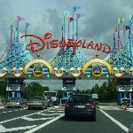 Zufahrt zum Disneyland