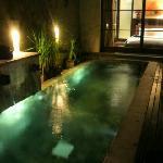 お部屋のプール