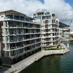 Photo of AHA Harbour Bridge Hotel & Suites