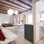 Jordi Apartment