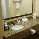 King Standard Bathroom