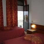 Room. Residencial Transmontana