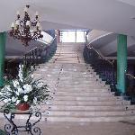 Treppe zur Hotelbar
