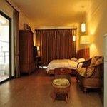 Rainbow Holiday Inn Thumbnail