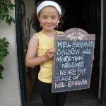 Well behaved chidren welcome !!