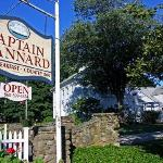 Captain Stannard House Bed and Breakfast Country Inn Resmi