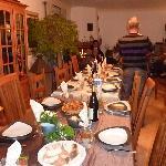 la table nous attends pour un très bon repas