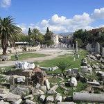古代アゴラと似た遺構