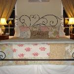 "Bed in ""honeymoon sweet"""