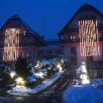 Vue extérieure hôtel en hiver