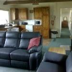 Claydon Cottage - Lounge & Kitchen