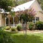 Pomegranate House & Cottages B&B Thumbnail