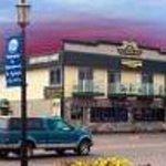 Village Inn Hotel, Restaurant & Lounge Thumbnail