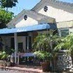 Coronado Inn Thumbnail