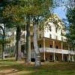 The Woods Inn Thumbnail