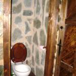 Hotel Aubergue Toison D'Or - bathroom