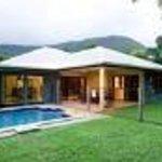 Villa Blue Thumbnail