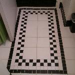 Detail of design on floor in the bathroom