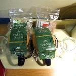 Le thé, café et autres biscuits à disposition