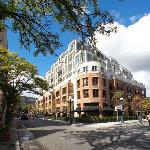 Beautiful Yorkville location