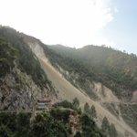 Trecherous himalayian mountain roads