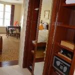 wardrobe (access both sides)