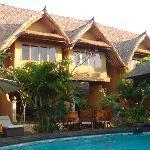 Les bungalow autour dela piscine