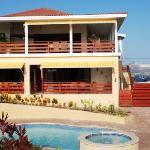 House & Swimmingpool