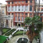 Beautiful courtyard between Palazzo Bianco and Palazzo Doria Tursi