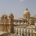 cattedrale dal tetto del monastero di fronte