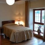 Our rooms, chambres, nuestras habitaciones