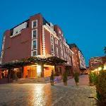 Ramada Hotel & Suites Bucharest North