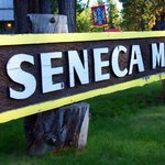 Sneca Motel sign