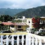 Hotel Paradise Inn Thumbnail