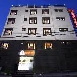 Hotel S & B East Inn Thumbnail