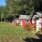 Nine Mile Lakeside Cottages Motel Thumbnail
