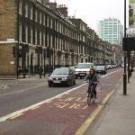 Gower Street - one way traffic + bus 7