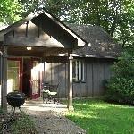 Royal Oaks Cabins Thumbnail